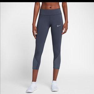 "Nike Women's Epic Lux 22"" Running Crops"